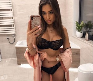 Lily-rose sex dating Brookfield